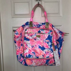 Lilly Pulitzer Wanderlust packable travel tote bag